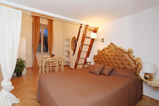 Golden City Centre apartment Rome